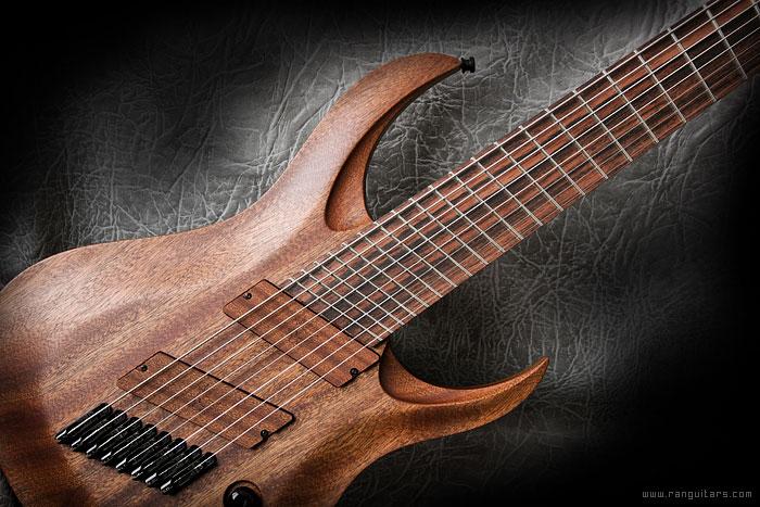 ran-guitars-crusher-FF8-02.jpg